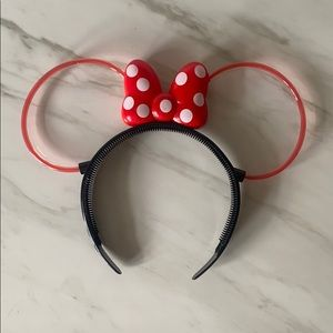 Minnie Mouse✨Light Up Ears/Bow Headband